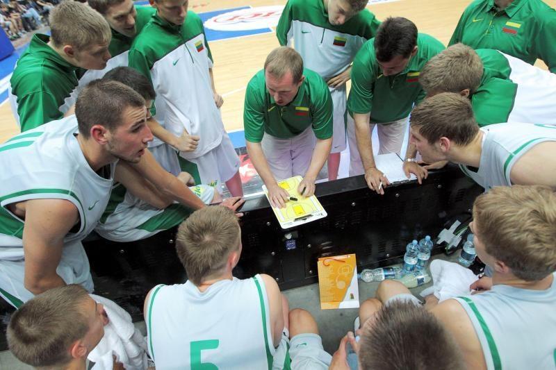 Pasaulio jaunimo krepšinio čempionate Lietuva palaužė serbus