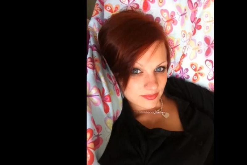 Ant traukinio bėgių žuvo draugą norėjusi pagąsdinti moteris
