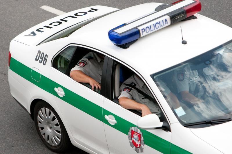 Sulaikyta beveik pusantro šimto neblaivių vairuotojų