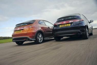"""""""Honda Civic 1.8 Sport"""" išbandymas 100 tūkst. km distancijoje"""