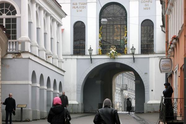 Aušros vartų gatvėje sekmadienį bus ribojamas eismas
