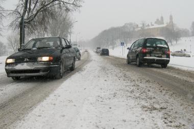 Lietuvoje vis dar gausu neišvažiuojamų kelių