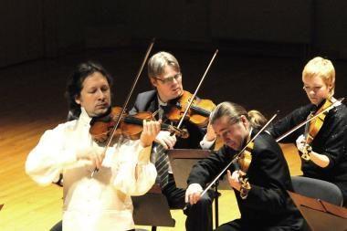 Scenoje kartu – du Klaipėdos orkestrai