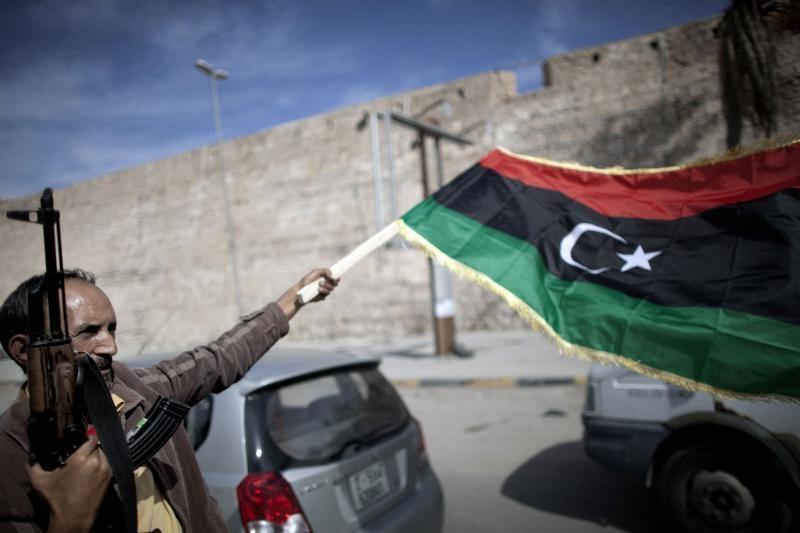 M. Kadhafi sūnus Seifas Libijoje bus pakartas