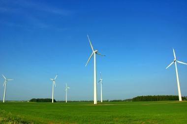 Teigia, kad vėjo energetikos sektorius diskriminuojamas