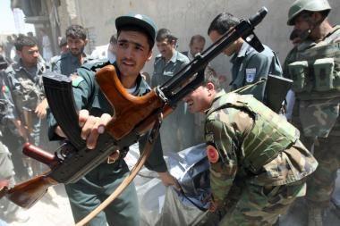 Afganistane kalinys nužudė du JAV jūrų pėstininkus