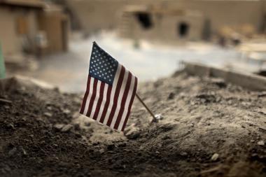 Afganistane per virtinę išpuolių žuvo aštuoni NATO kariai