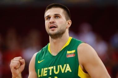 Po sunkios kovos Lietuvos rinktinė nugalėjo slovėnus 86:84