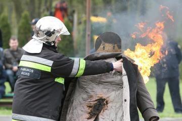 Lietuva gaisrų apimtai Rusijai skiria 200 tūkstančių litų (papildyta 14.30 val.)