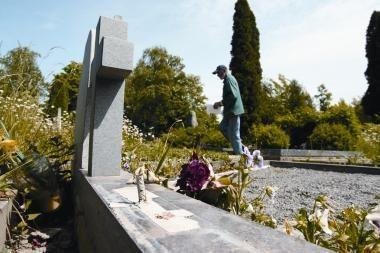 Slengių kapinių plėtra – neteisėta