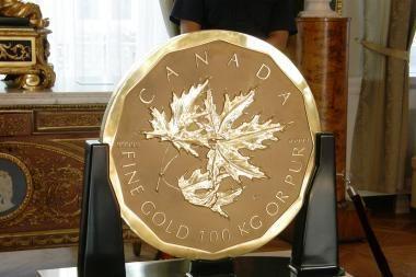 Vilniečių akims – rekordinė aukso moneta