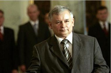 Lenkijos prezidento rinkimai: J.Kaczynskis gali pralenkti B.Komorowskį