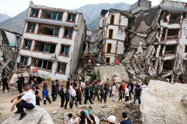 Kinijoje žemės drebėjimo aukų padaugėjo iki 1706