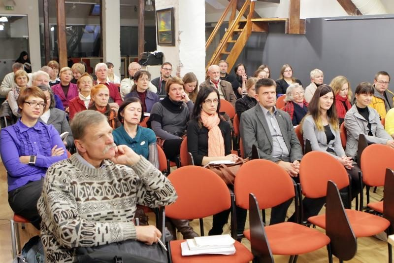 "Almanache ""Baltija 2012"" skamba ir nauji vardai"