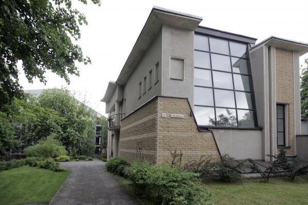 Vilniaus valdžia K.Žoromskio našlę veja į gatvę