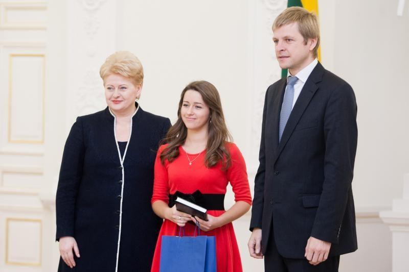 Tarp Konstitucijos egzamino laureatų – ir Kauno moksleivis