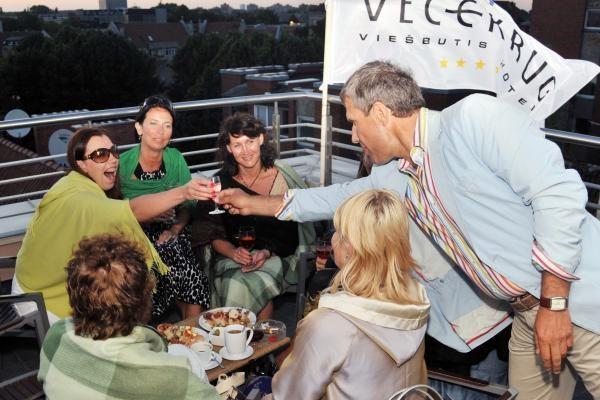 """Viešbučio """"Vecekrug"""" gimtadienis – ant stogo"""