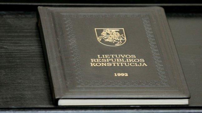 Po Konstitucinio teismo sprendimo teisininkas siūlo išvaikyti VRK