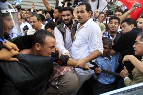 Egipte vyko protestai prieš prezidento posto perdavimą Mubarako sūnui