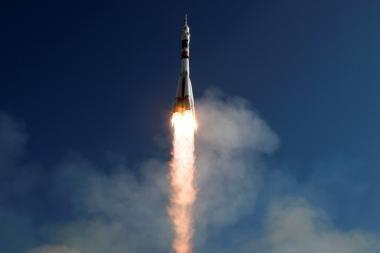 """Kosminis laivas """"Progress"""" iš antro karto prisijungė prie TKS"""