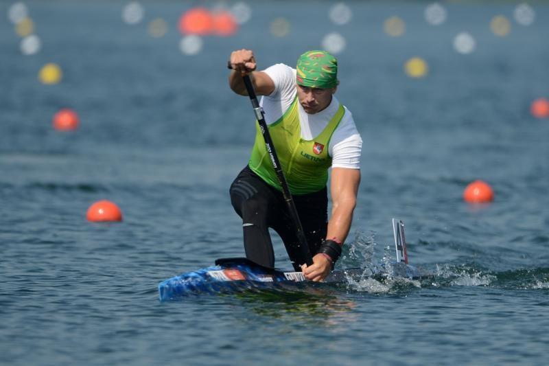 Kanojininkas Jevgenijus Šuklinas – universiados varžybų sprinto rungties finale