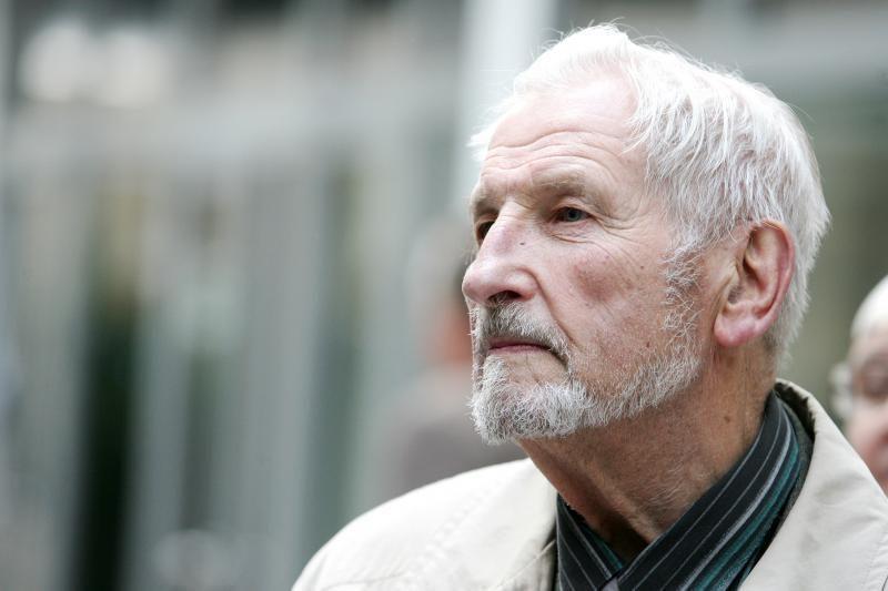 Mirė skulptorius Konstantinas Bogdanas