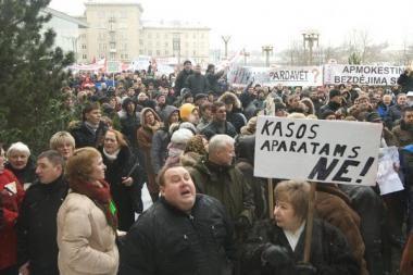 Profsąjungos gali tęsti protestus