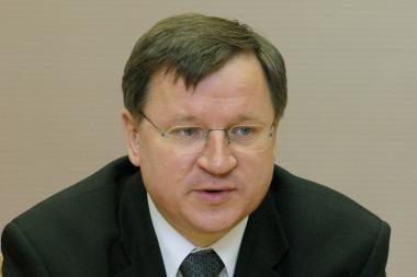 Projektas E.Vareikio įgaliojimų atėmimui prieštarauja Konstitucijai, sako TTK