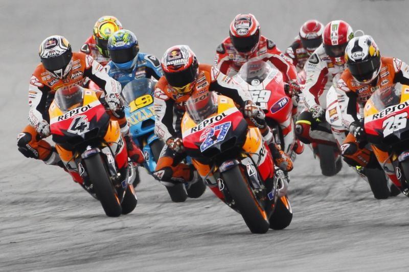 """Tragiškoje avarijoje žuvo """"MotoGP"""" lenktynininkas M.Simoncelli (N-18)"""