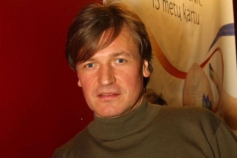 Dainininkas Žilvinas Žvagulis nusirėžė plaukus (foto)