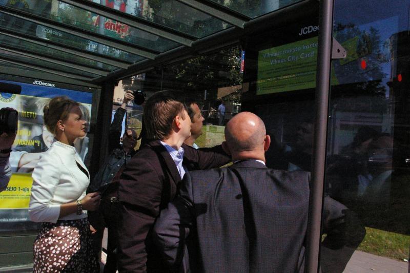 Stotelėse sostinėje - per 100 tūkst. Lt kainuojantys ekranai