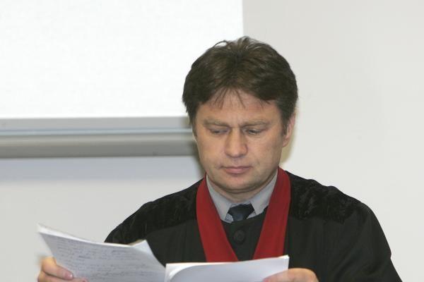 G.Petrikui skirta maksimali bausmė, nuteistasis suimtas teismo salėje (papildyta)