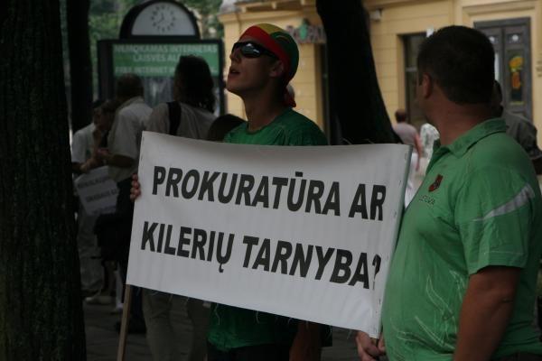 D. Kedžio šalininkai piketuoja Kaune