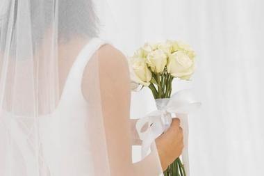 Taivanietė ištekėjo už savęs