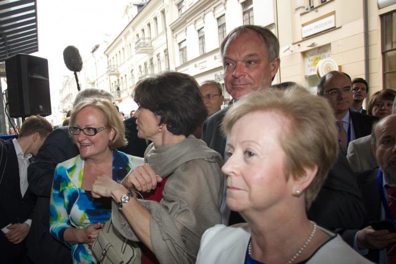 """Vilniuje    atidaryti    """"Europos namai"""""""