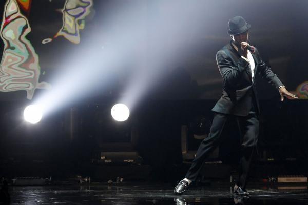 Amerikos muzikinių apdovanojimų ceremonijoje triumfavo J.Bieberis