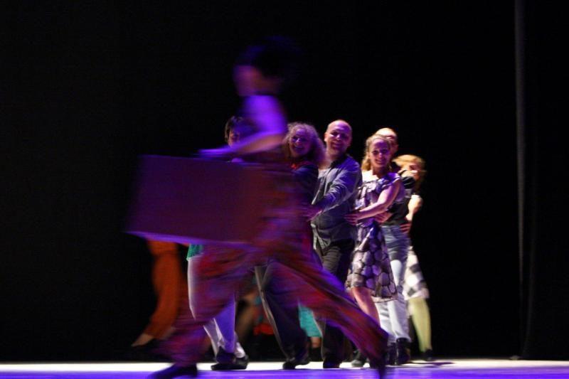 """Šokio teatrui """"Aura"""" – 30              metų"""