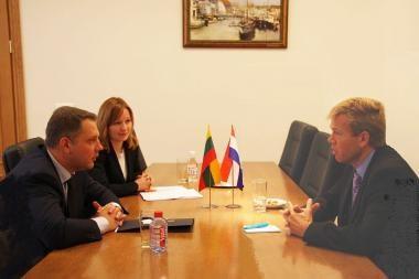 Lietuva ir Nyderlandai bendradarbiaus transporto srityje