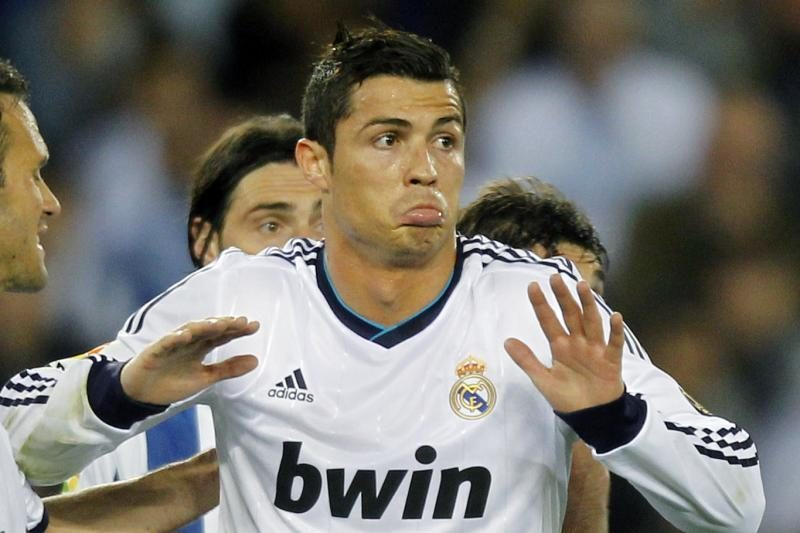 """Madrido """"Real"""" pasiūlymas C. Ronaldo – didžiausia alga pasaulyje"""