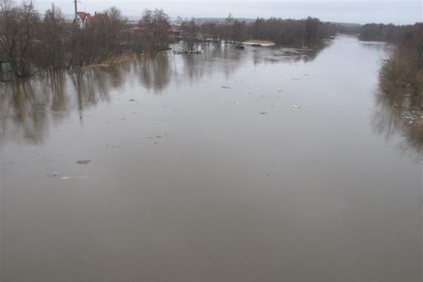 Potvynis pamaryje: Rusai pradeda Skirvytės ledo sprogdinimą