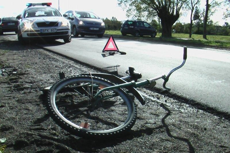 Klaipėdos rajone vėjo gūsis partrenkė dviratininką