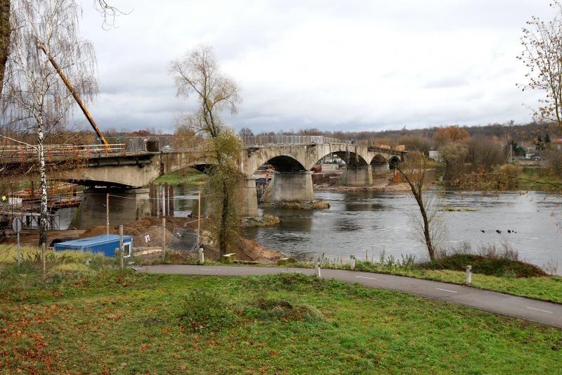 Senutėlis Panemunės tiltas bus susprogdintas