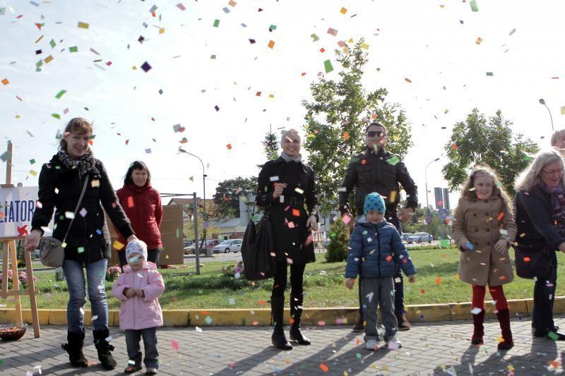 Saulėtą rudens dieną Melnragėje pramogavo šeimos