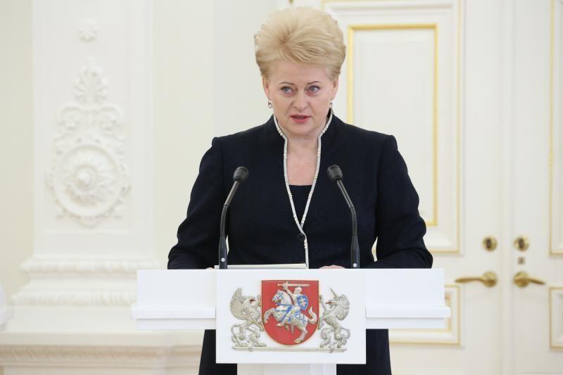 Lietuvos valstybiniai apdovanojimai - ir H. Clinton, ir D. Zubrui