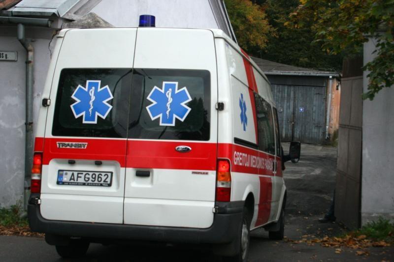 Šiauliuose ir Vilniuje į ligonines paliuvo 3 alkoholiu apsinuodisieji