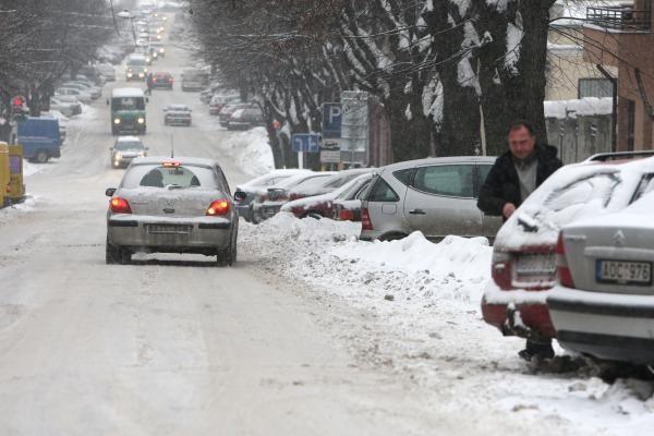 Žiema Kaune: eismo sąlygos sudėtingos (papildyta)