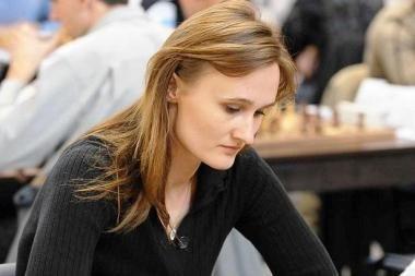 V.Čmilytė išlieka Europos moterų šachmatų pirmenybių lyderių grupėje
