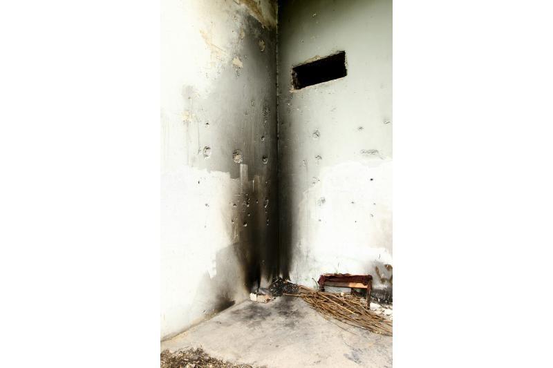 Benamiai sukėlė gaisrą apleistoje transformatorinėje