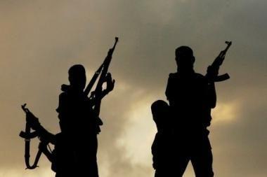 Žvalgyba: ginkluotų ekstremistų grupė traukia į Europą