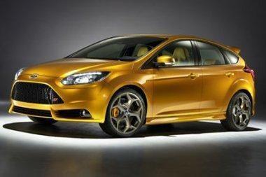 """Paryžiaus parodoje """"Ford"""" pristatys būsimąjį """"Focus ST"""""""